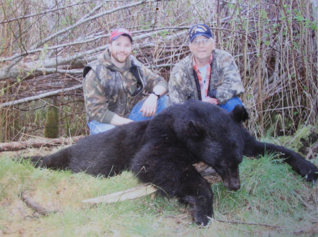 trophy black bear hunting in washington state 1