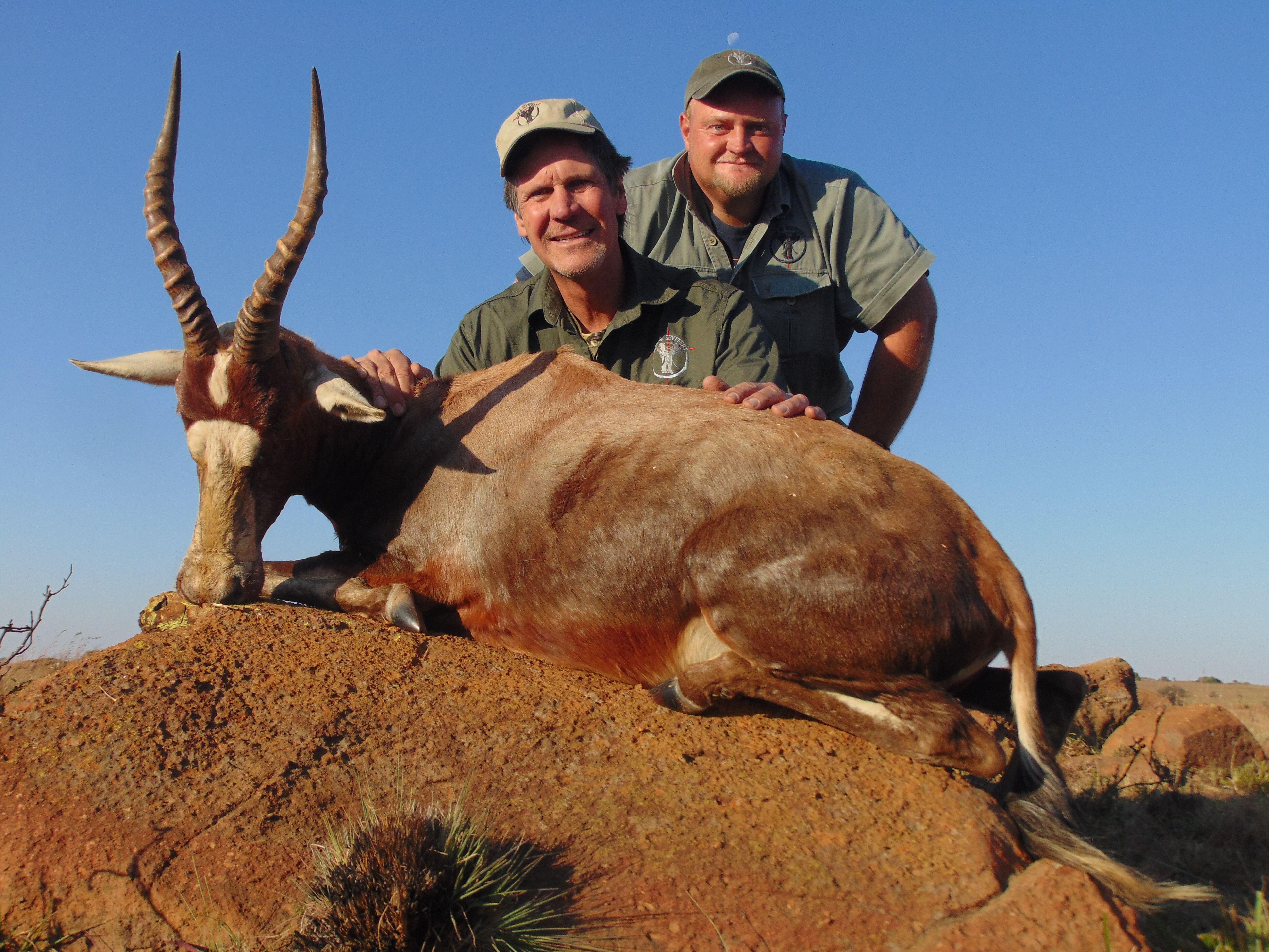 Jakt i Afrika - rifle jakt, bowhunting, slettene spillet og afrikansk Big 5 jakt