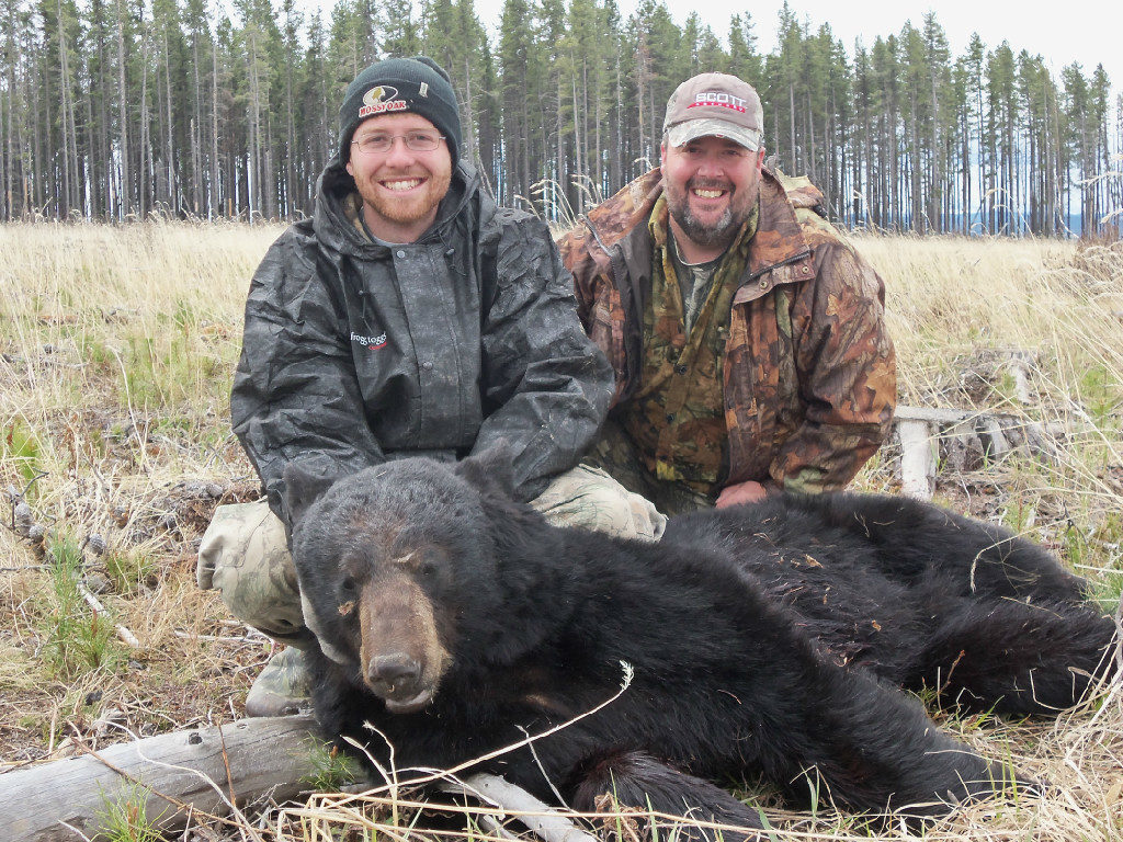 Trophy Alberta Bear Hunts 2